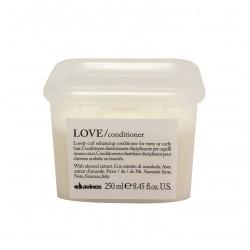 Davines Essential Haircare LOVE odżywka podkreślająca skręt włosów 250ml
